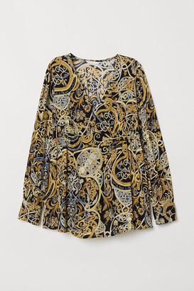 H&M MAMA Crepe blouse
