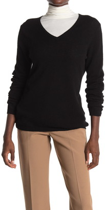 Donna Karan V-Neck Cashmere Sweater