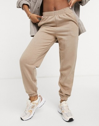 New Look oversized cuffed jogger in mink