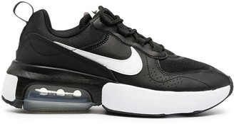 Nike Air Max Verona lace-up sneakers