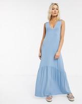 Asos Design DESIGN v neck maxi dress with full pep hem in chambray