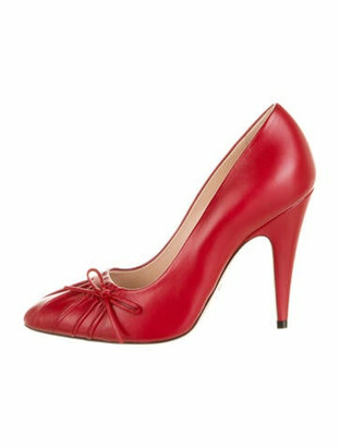 Gucci Leather Bow Accents Pumps w/ Tags Red
