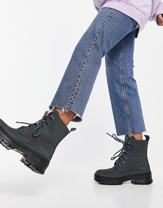 Timberland lace-up boot in grey