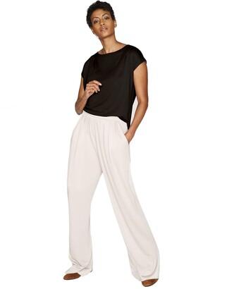 b new york Women's Conscious Short Sleeve Shoulder Pleat Top