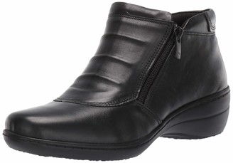 Spring Step Women's Briony Ankle Bootie