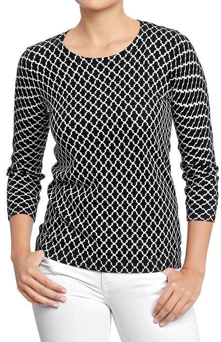 Old Navy Women's Printed Lightweight-Crew Sweaters