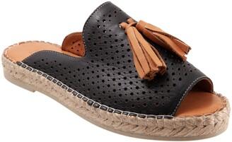 Bueno Navar Tassel Sandal