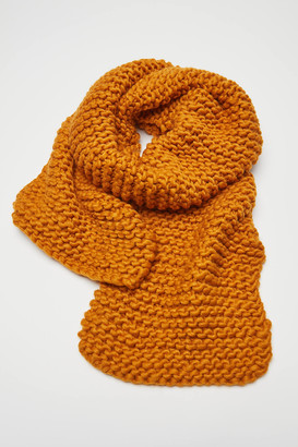 Urban Outfitters Clara Chunky Knit Scarf