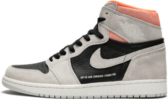 Jordan Air 1 Retro High OG 'Neutral Grey/Hyper Crimson' Shoes - Size 8