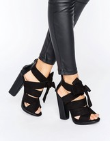 Little Mistress Black Crossover Strap Heeled Sandals With Bow