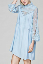 En Creme Powder Blue Lace