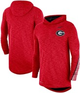 Nike Men's Red Georgia Bulldogs 2019 Sideline Long Sleeve Hooded Performance Top