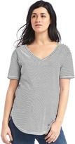 Gap Maternity V-neck vintage wash tee