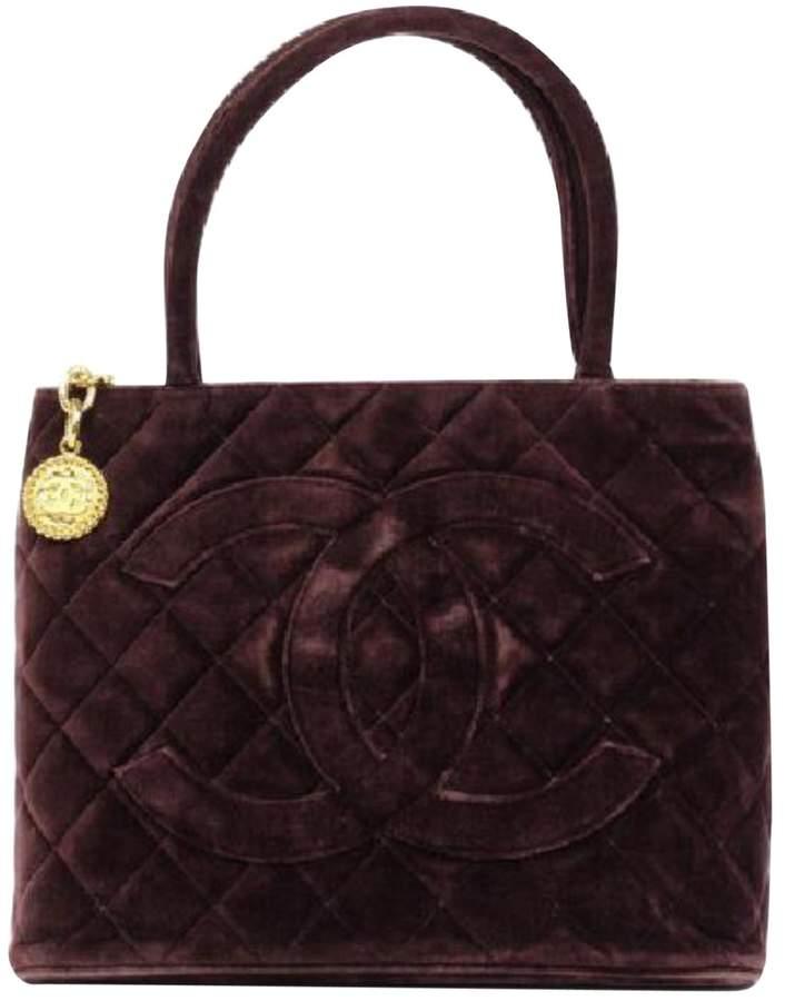 Chanel Médaillon velvet handbag