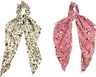 Headbands Of Hope White & Pink Pebble Scrunchie Scarves