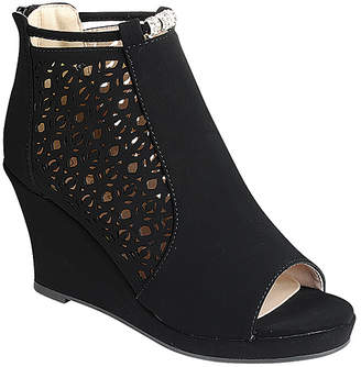 Forever Link Shoes Women's Sandals black - Black Embellished Tuna Wedge Sandal - Women