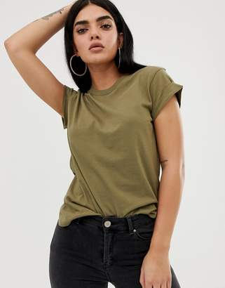 Asos Design DESIGN t-shirt in boyfriend fit with rolled sleeve and curved hem in khaki-Green