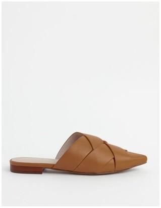 Basque Gisele Flat Shoe