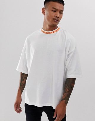 Asos Design DESIGN oversized t-shirt with geometric tipping-White