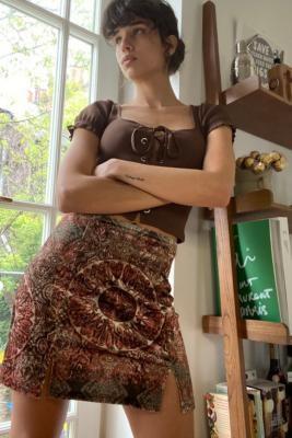 Urban Outfitters Tile Print '90s Velvet Mini Skirt - Red S at