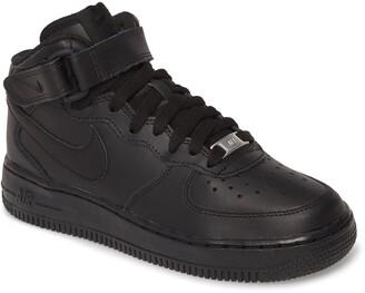 Nike Force 1 Mid Top Sneaker