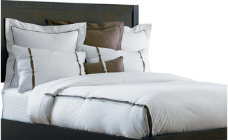 The Well Dressed Bed Resort 8-Piece Bedding Collection, King