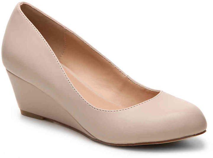 Journee Collection Dollup Wedge Pump - Women's