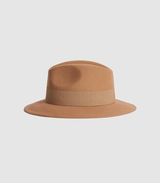 Reiss Edie - Felt Fedora in Tan