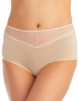 Vanity Fair Women's Beautifully Smooth with Lace Brief Panty 13231