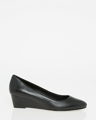 Le Château Leather Pointy Toe Wedge