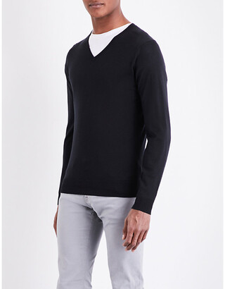 John Smedley Men's Black Blenheim V-Neck Merino Wool Jumper, Size: M