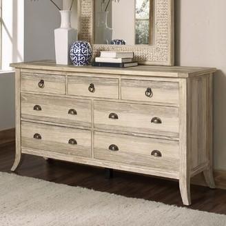 Cimarron Braxton Culler 7 Drawer Dresser Braxton Culler Color: Rustic Bronze