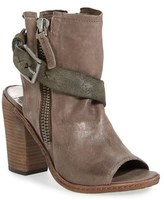 Dolce Vita Women's 'North' Buckle Sandal