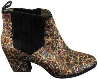 Roger Vivier Gold Glitter Ankle boots