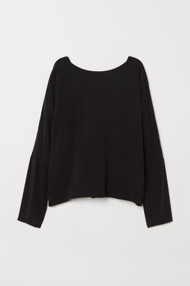 H&M Cupro-blend blouse