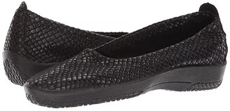 ARCOPEDICO L15 (Black Shine) Women's Shoes