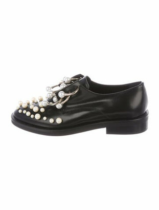 Coliac Faux Pearl Accents Leather Oxfords Black