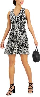 Taylor Petite Printed Sleeveless Peasant Dress