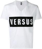 Versus distressed logo T-shirt - men - Cotton - M