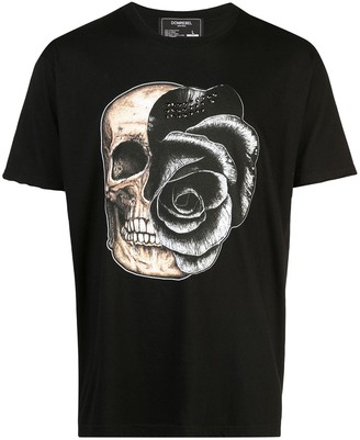 Dom Rebel Skull T-shirt with 25 crystals