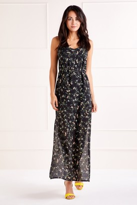 Yumi Ditzy Print Maxi Dress