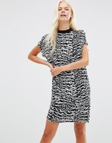Minimum Nene Printed Shift Dress