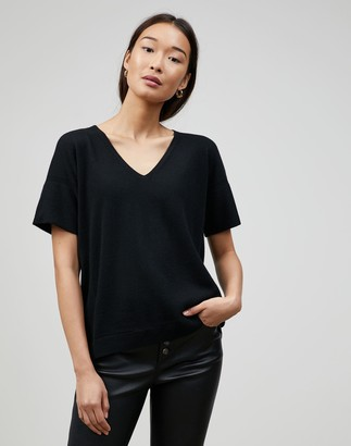 Lafayette 148 New York Cashmere V-Neck Rounded Sweater