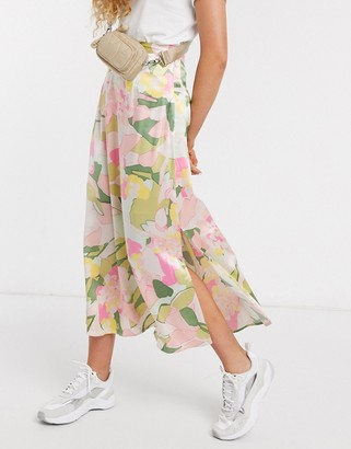 Selected midi skirt with side split in waterlily floral print