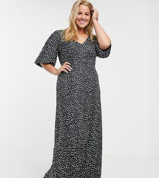 Asos DESIGN Curve slinky tea maxi dress in spot print