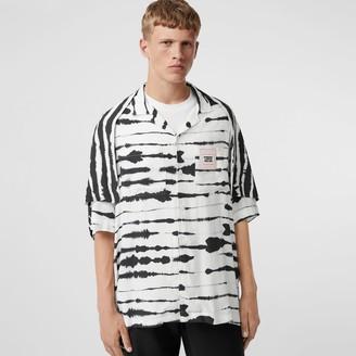 Burberry Short-sleeve Cape Detail Watercolour Print Twill Shirt