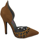 C Label Camel Dayna Pump