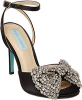 Betsey Johnson Heidi Pump