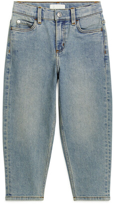 Arket Tapered Stretch Jeans