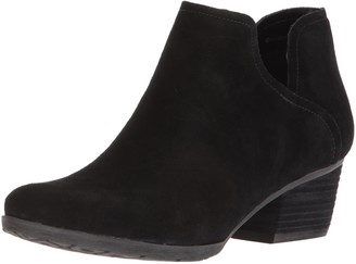 Blondo Women's Victoria Waterproof Ankle Boot